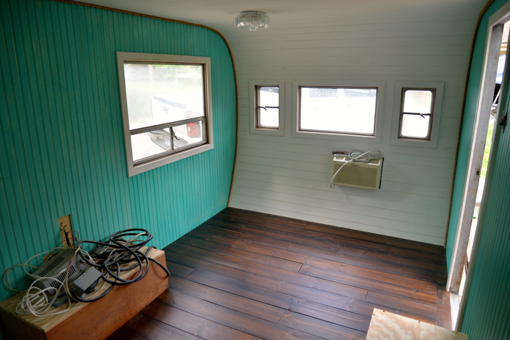 Redoing a vintage camper bungalow 47 style bungalow 47 Painting interior travel trailer walls