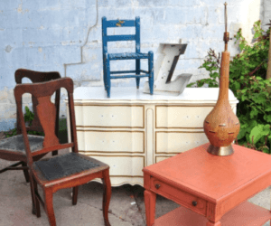 How to Prepare Furniture Before Painting