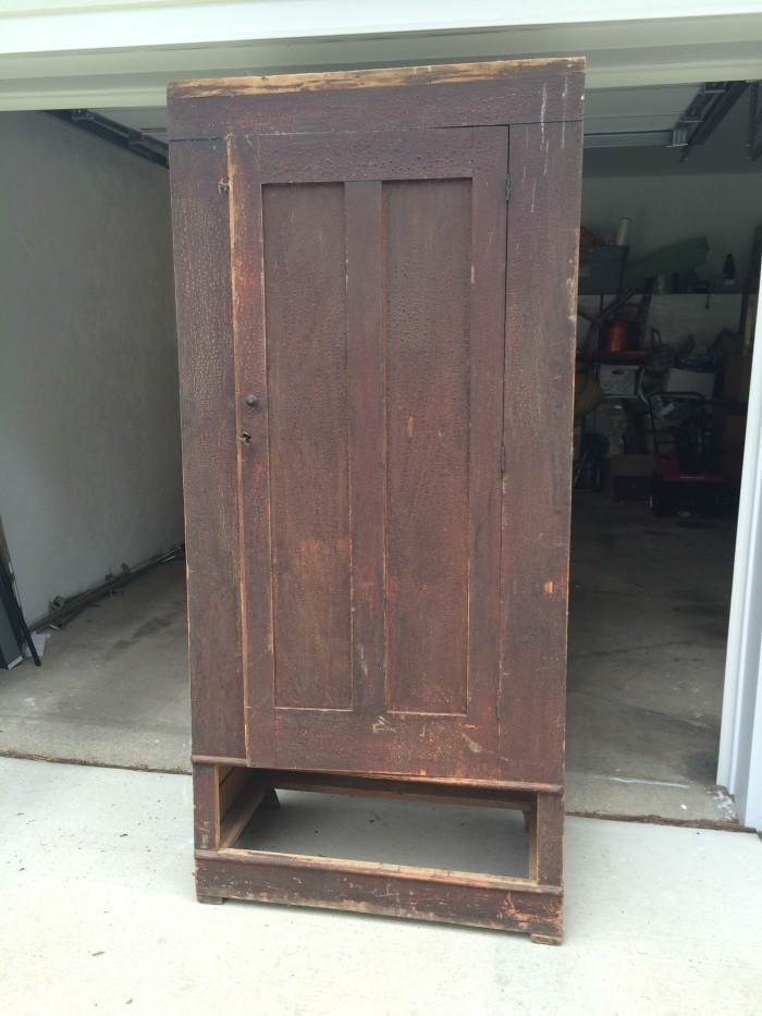 Large cabinet for the dining room